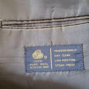 Jones New York Suits & Blazers - ♦️♠️♦️Jones New York Men's suit jacket size 50